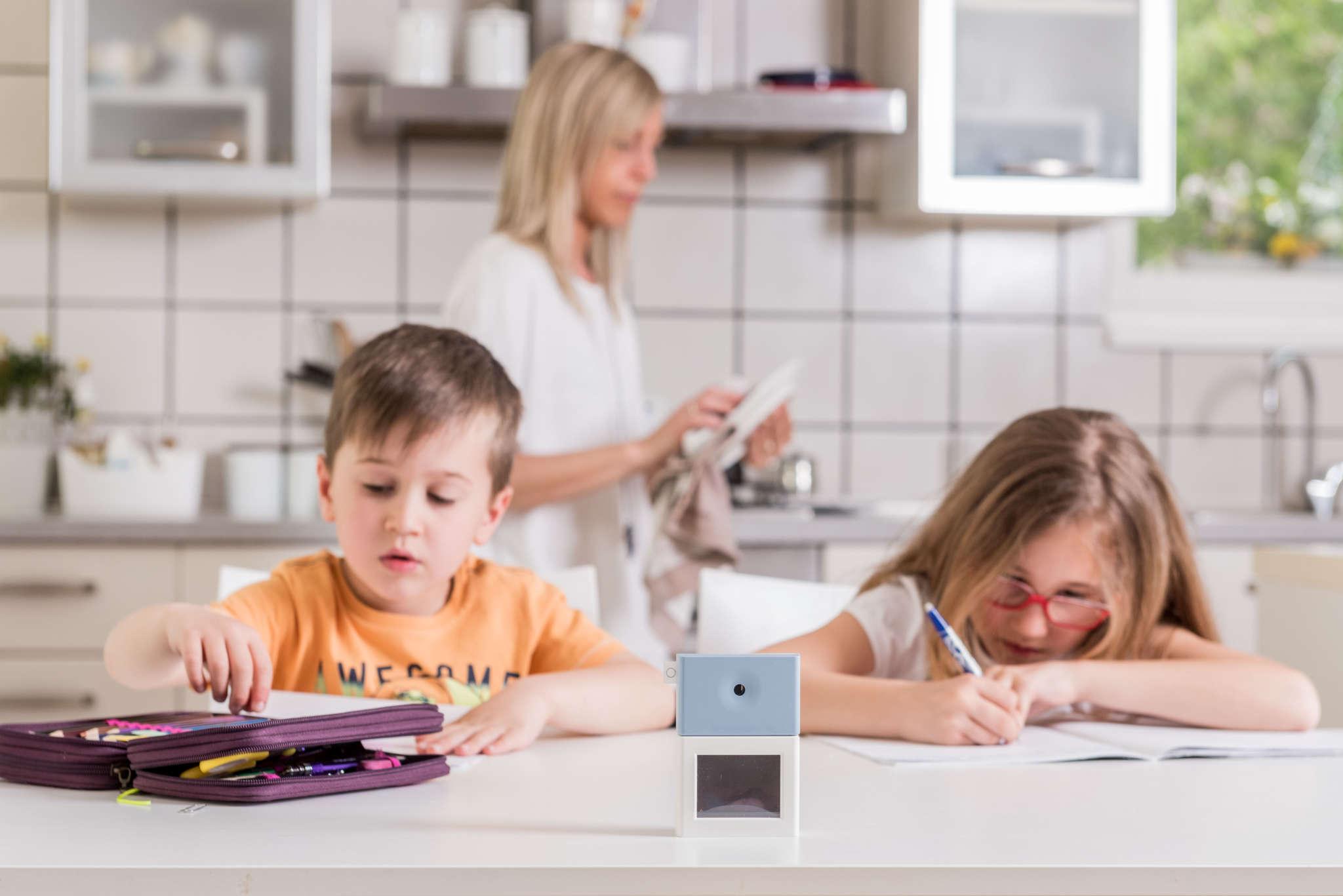 sensori upsens bambini studiano