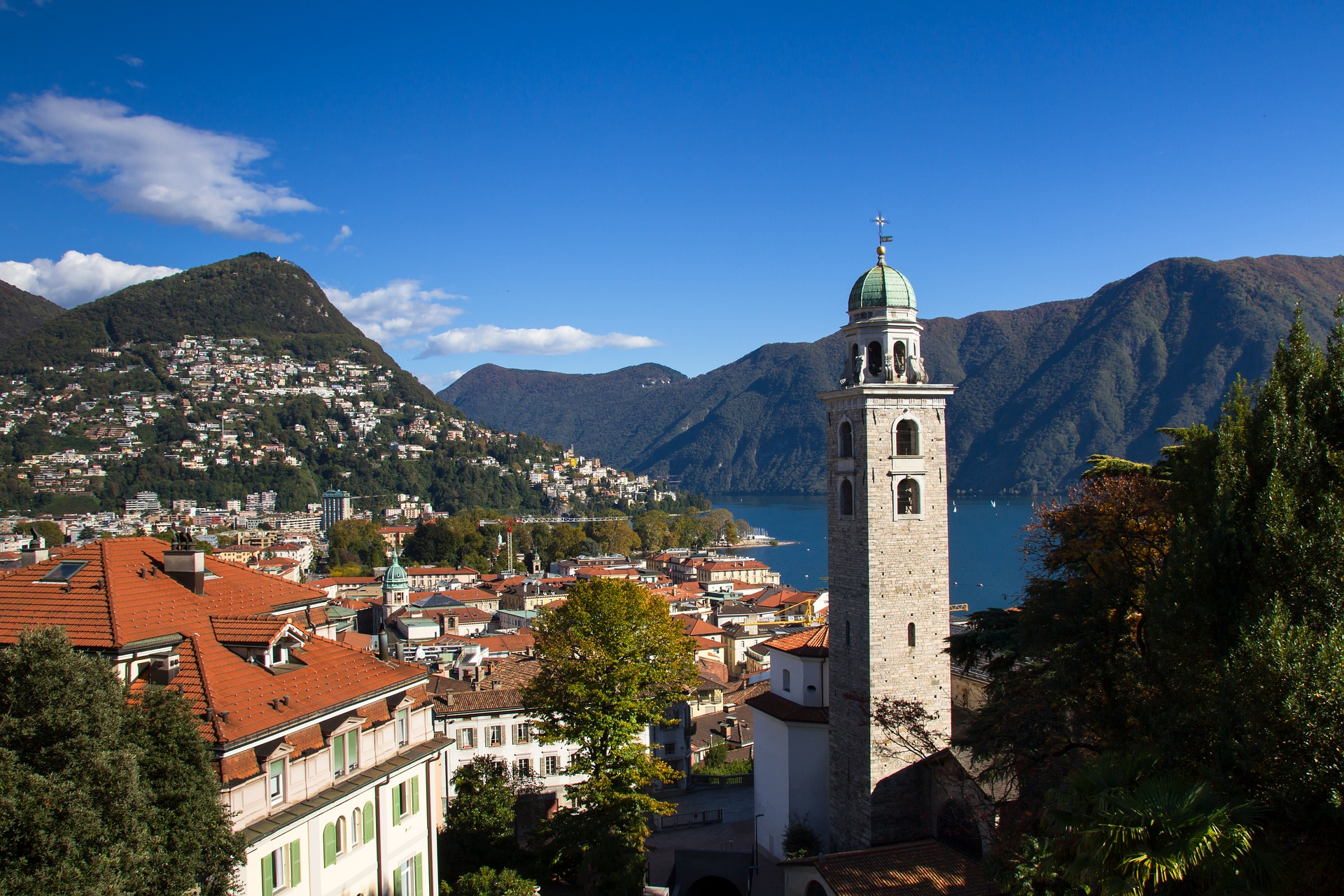 https://pixabay.com/it/photos/lugano-monte-bre-2831362/